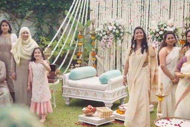 Iklan TV perusahaan Tanishq yang mengangkat tema persatuan antara Islam dan Hindu ditarik setelah adanya kritik dari ekstremis Hindu di India.