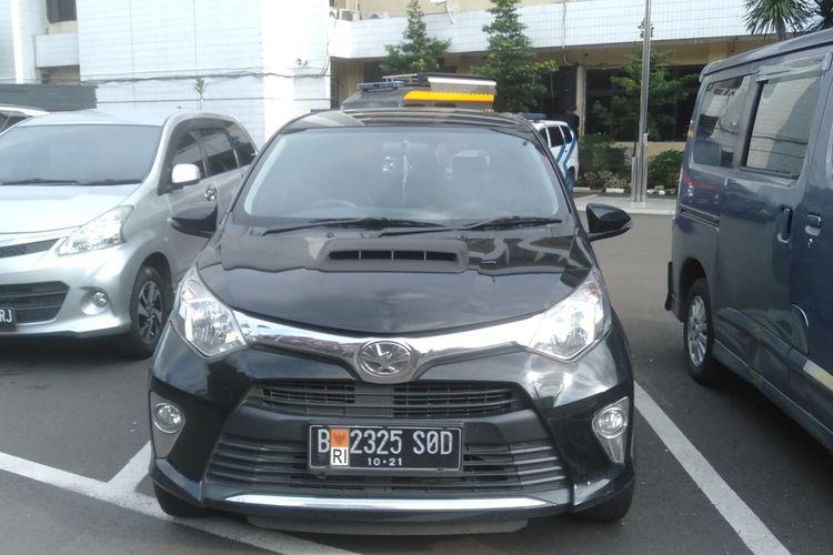 mobil milik pengemudi yang pukul pengendara ambulans di Mapolres Metro Jakarta Selatan, Rabu (25/2/2020)