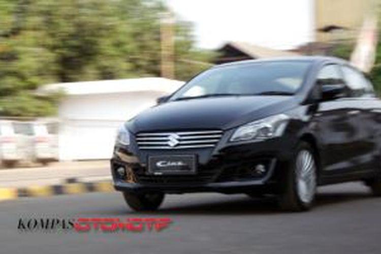 Suzuki Ciaz jadi modal Suzuki Indomobil Sales berkompetisi di kelas sedan kompak.