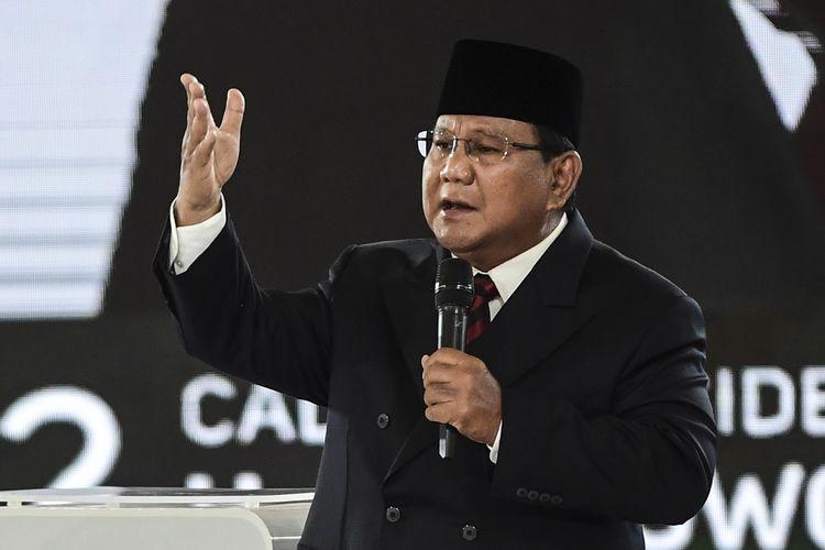 Capres nomor urut 02 Prabowo Subianto mengikuti debat capres putaran keempat di Hotel Shangri La, Jakarta, Sabtu (30/3/2019). Debat itu mengangkat tema Ideologi, Pemerintahan, Pertahanan dan Keamanan, serta Hubungan Internasional.