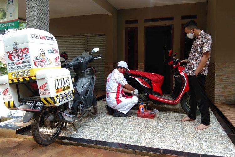 Servis motor Honda di rumah dengan layanan Home Service