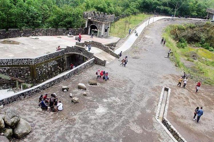 Pembangunan The Lost World Castle Di Yogyakarta Langgar Aturan Halaman All Kompas Com