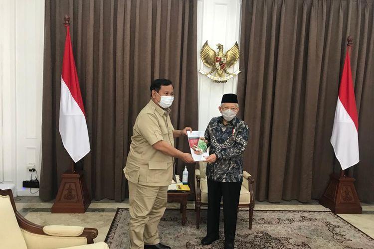 Wakil Presiden Maruf Amin saat menerima Menteri Pertahanan Prabowo Subianto di kediaman dinas, Menteng, Jakarta Pusat, Kamis (3/9/2020).