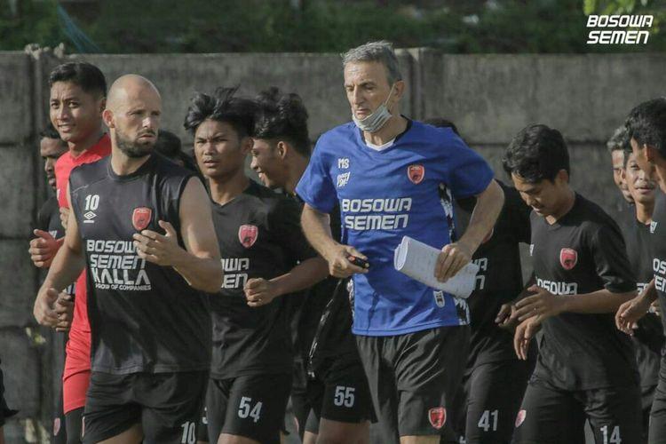 Pelatih kepala PSM Makassar musim 2021, Milomir Seslija.