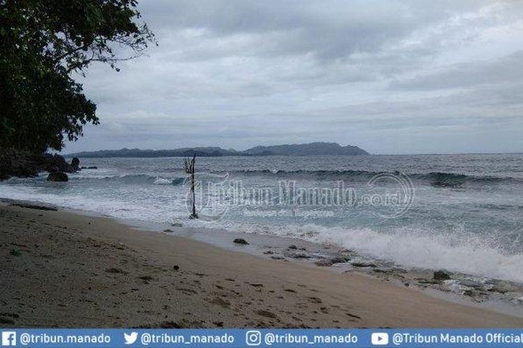 Mengunjungi Pantai Pulisan yang Bakal Menjadi Lokasi KEK Pariwisata