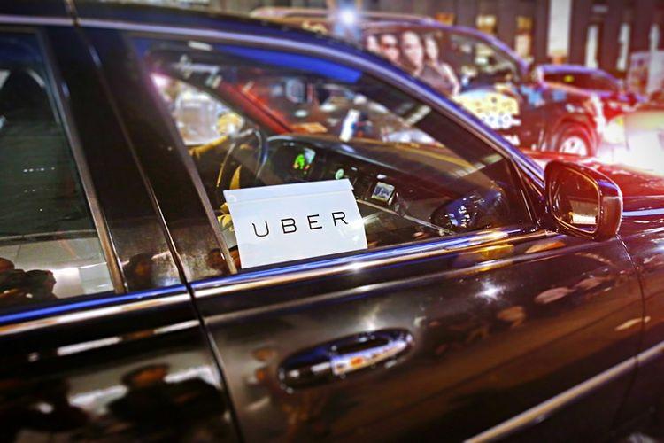 Ilustrasi mobil Uber. (Shutterstock)