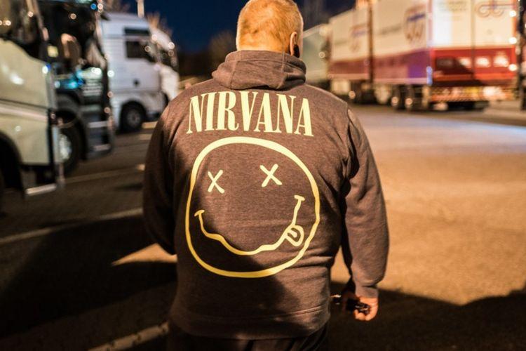 Logo Smiley Face Nirvana