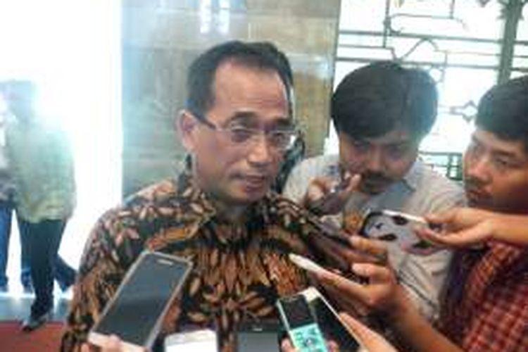 Menteri Perhubungan Budi Karya Sumadi, di Kantor Kementerian Energi dan Sumber Daya Mineral Jakarta, Selasa (20/9/2016).