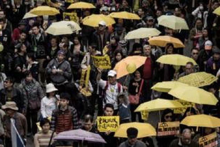 Demonstrasi prodemokrasi dimulai lagi dan simbol payung kembali digunakan.