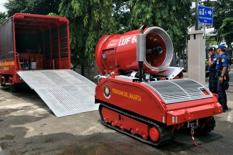 Robot pemadam kebakaran LUF 60 untuk mengatasi kebakaran di terowongan MRT Jakarta. Foto diambil Kamis (13/2/2020).