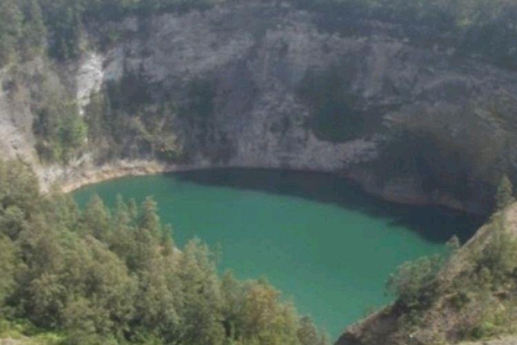 Foto : Kondisi terakhir yang diambil pada tanggal 14 Agustus 2021 menunjukkan fakta dan mengkonfirmasi adanya peningkatan permukaan air di salah satu Danau Kawasan Kelimutu.