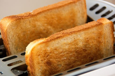 Simak, Ini Cara Tepat Membersihkan Pemanggang Roti