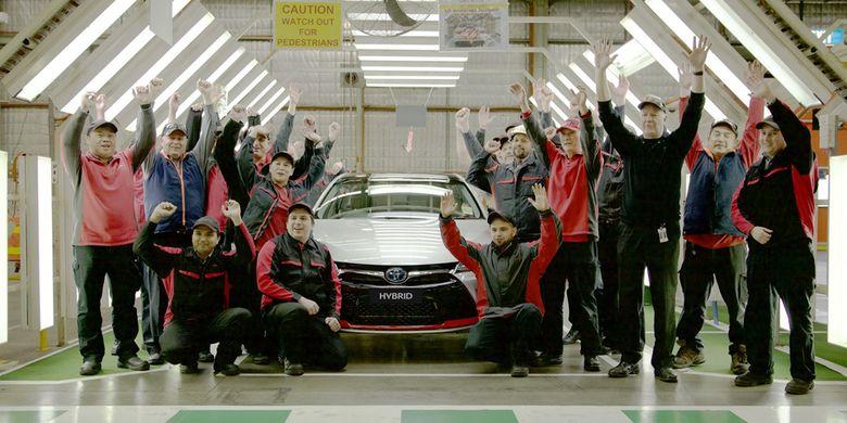 Camry Hybrid Commemorative Edition hanya diproduksi 54 unit.