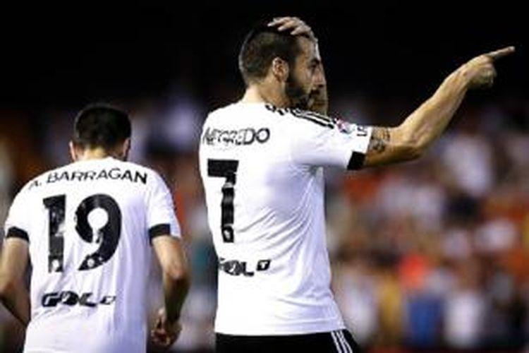 Striker Valencia, Alvaro Negredo.