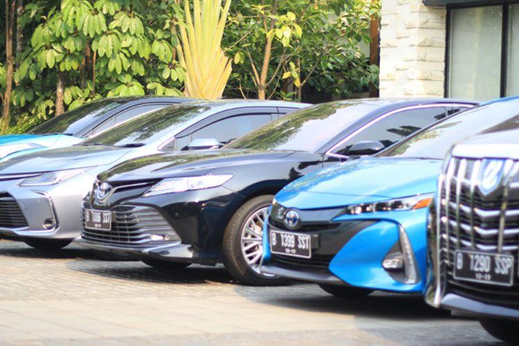 5 mobil Toyota yang dilengkapi teknologi hybrid terkini