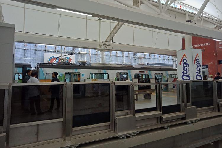 Stasiun MRT Blok M yang terhubung langsung ke dalam Blok M Plaza.