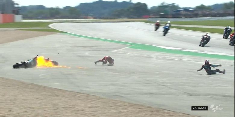 Insiden kecelakaan di MotoGP Inggris antara Quartararo dengan Dovi