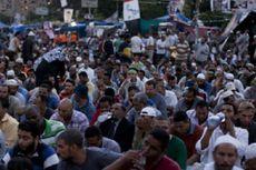 Pasukan Keamanan Mesir Bubarkan Massa Pro Mursi