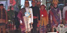 Warna-warni Pakaian Adat saat Upacara HUT RI di Kemendikbud