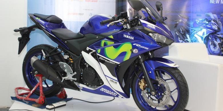 Yamaha Indonesia meluncurkan R25 dan R15 dengan livery Movistar MotoGP.