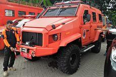 Triton Pelat Merah Disulap Jadi Mobil Amfibi, Mirip Kendaraan Tempur