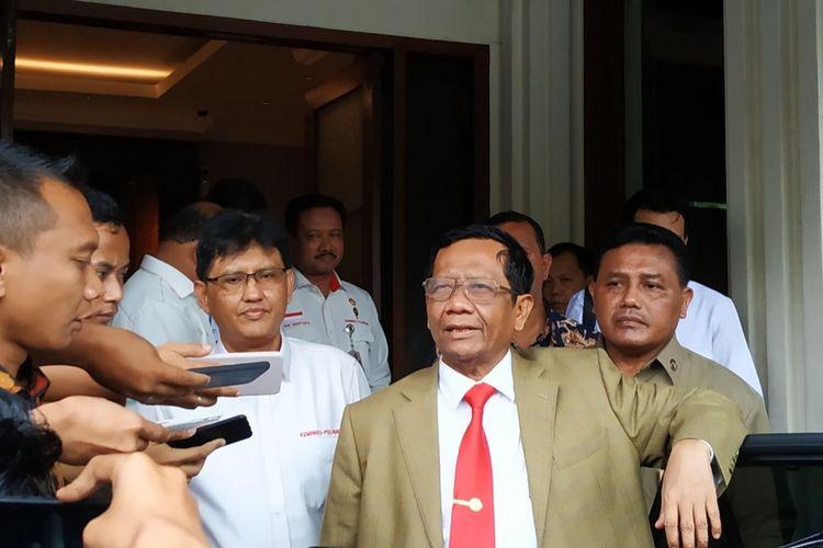 Menko-Polhukam Mahfud MD di Kantor Kemenko-Polhukam, Jl Medan Merdeka Barat, Jakarta Pusat, Kamis (12/12/2019).