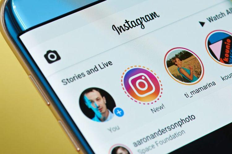 Ilustrasi Instagram Stories