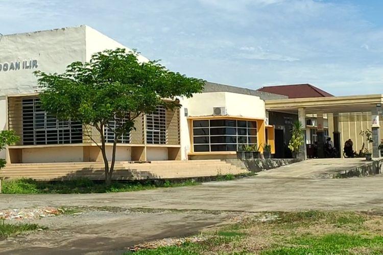 Komplek Rumah Sakit Umum Daerah Ogan Ilir tempat 109 tenaga kesehatan itu bekerja sebelum diberhentikan dengan tidak hormat oleh Bupati Ogan Ilir Ilyas Panji Alam.