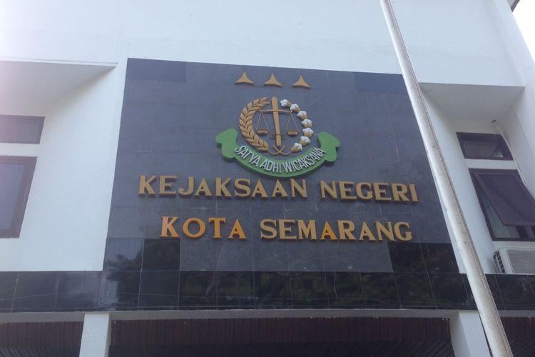 Kantor Kejari Semarang di Jalan Abdurrahman Saleh, Semarang.