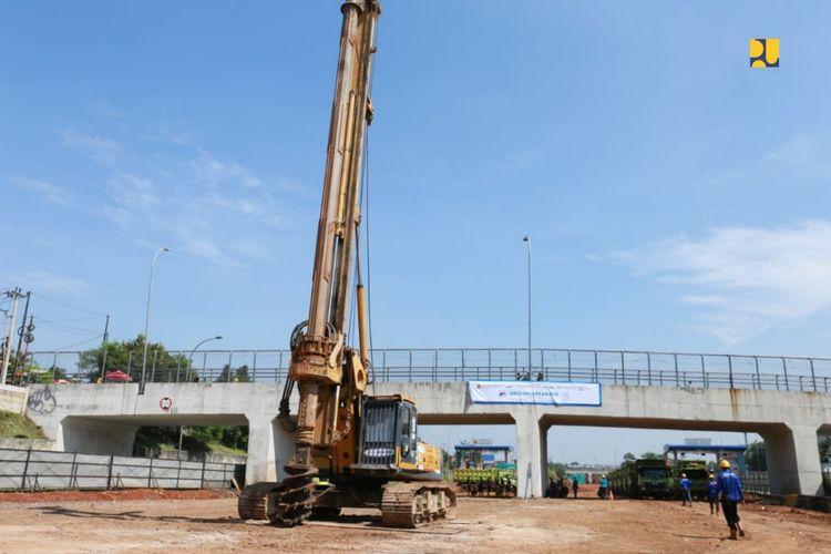 Konstruksi Tol Cijago Seksi 3 kembali dilanjutkan setelah hampir 10 tahun berhenti.
