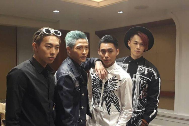 Grup penari asal Taipei, BET.A, yang terdiri dari (ki-ka) Wang, Sunny, Charcoal, dan Max ketika dijumpai di Press Conference di Hotel Dusit Thani, Bangkok, Thailand, Jumat (2/6/2017) siang.