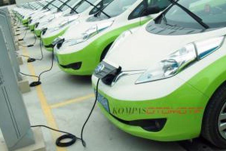 Mobil lstrik sudah menjadi pilihan kendaraa operasional taksi di Guangzhou, China.