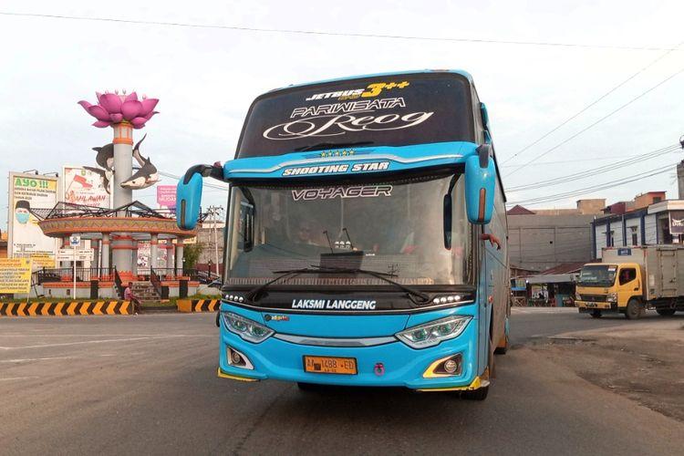 Angkutan ilegal di Sumatera dengan pelat Jawa