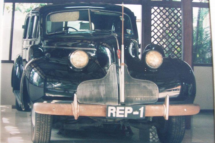 Mobil Rep-1 adalah mobil yang digunakan oleh Presiden pertama Republik Indonesia, Ir. Soekarno.