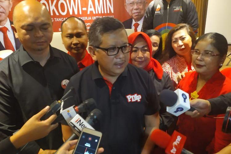 Sekretaris Jenderal PDI Perjuangan Hasto Kristyanto saat ditemui dalam acara perayaan pemerintahan Jokowi-Maruf periode 2019-2024 di bilangan Cikini, Jakarta, Senin (21/10/2019).