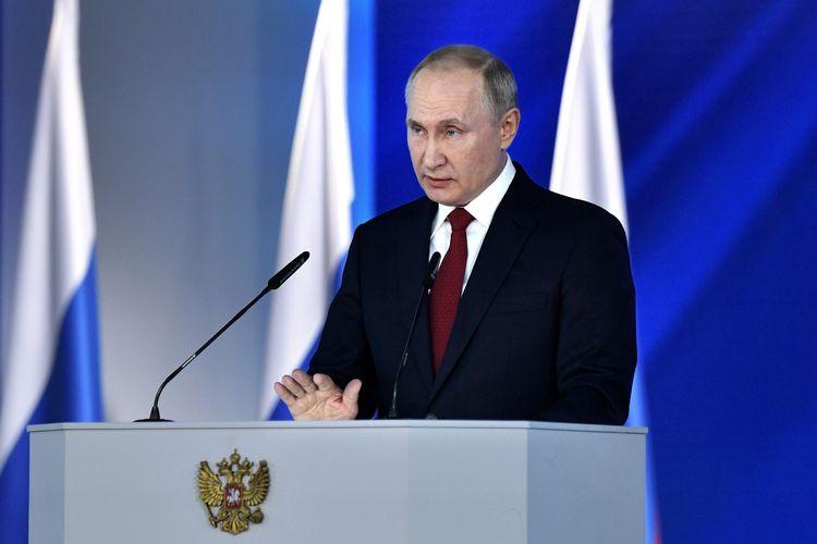 Presiden Rusia Vladimir Putin memberikan pidato kenegaraan dalam Pertemuan Federal di Aula Manezh, tengah Moskwa, pada 15 Januari 2020.