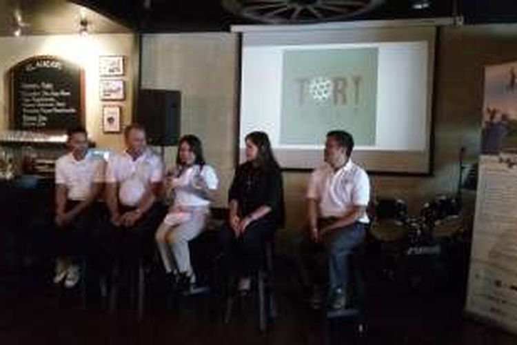 Anggota komite penyelenggara Indonesia Ultimate Golf Series hadir dalam jumpa pers di Kemang, Rabu (5/10/2016).