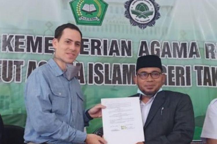 Penandatangangan kerjasama IAIN Takengon dengan International Literacy and Development (ILAD), dalam memperkuat kompetensi Bahasa Inggris.