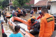 Banjir hingga 1,5 Meter di Bekasi, Tim SAR Jakarta Bantu Evakuasi Korban