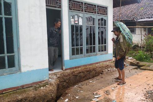 Harap-harap Cemas Korban Bencana Tanah Bergerak di Sukabumi, Sebulan Mengungsi dan Terancam Kehilangan Rumah