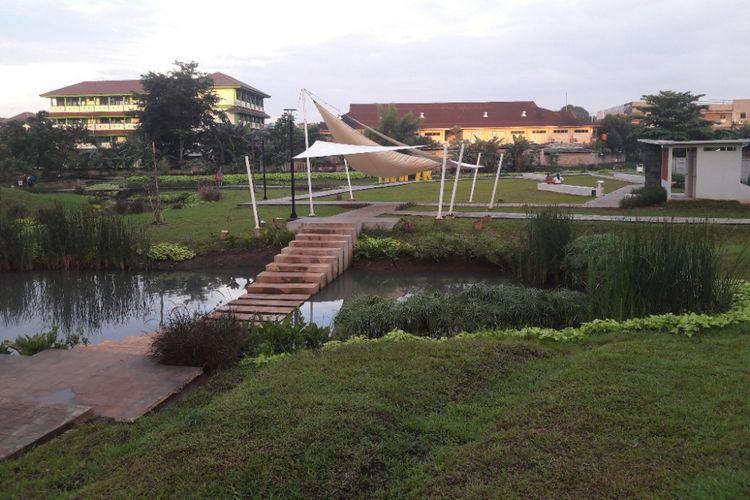 Lansekap Taman Piknik yang beralamat di Jalan Manunggal II, Cipinang Melayu, Jakarta Timur.