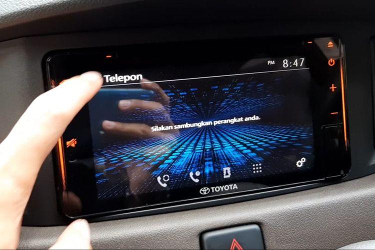Head unit Toyota New Calya sudah menggunakan layar sentuh.