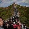 Update Covid-19 di China: Ribuan Turis Padati Tembok Besar China
