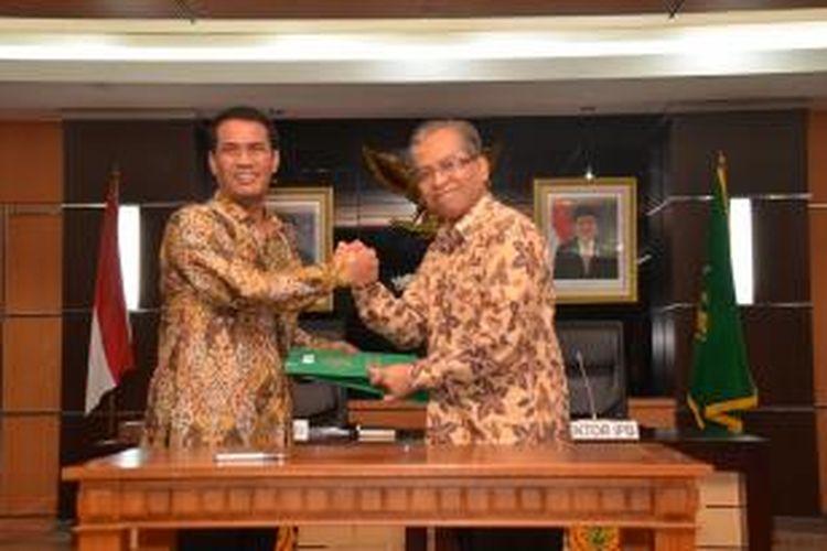 Menteri Pertanian Amran Sulaiman bersama Rektor IPB, Herry Suhardiyanto.