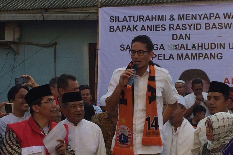 Cawagub DKI Jakarta, Sandiaga Uno di Jalan Bangka IX, Jakarta Selatan, Senin (20/3/2017).