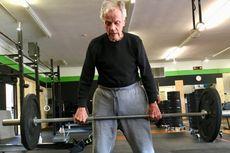 Kakek 96 Tahun Rayakan Ulang Tahun dengan Mencoba Latihan CrossFit