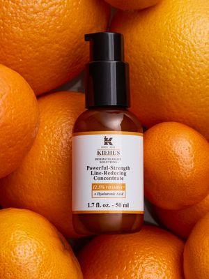 Generasi terbaru Powerful-Strength Line-Reducing dengan kandungan vitamin C 12,5 persen.