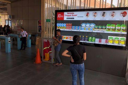 Stasiun-stasiun KRL Ini Punya Fasilitas Belanja Online dengan QR Code