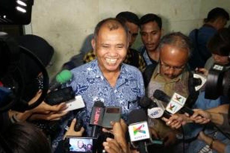 Calon pimpinan KPK, Agus Rahardjo, seusai mengikuti fit and proper test di Ruang Rapat Komisi III DPR, Jakarta, Rabu (16/12/2015).