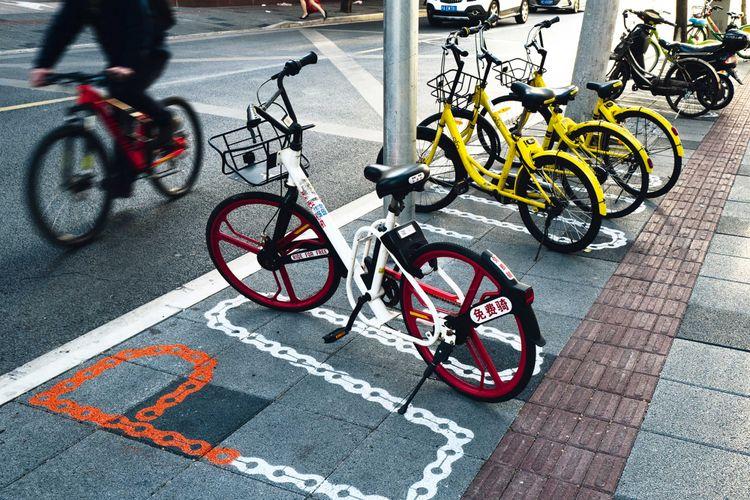 Proyek ini bertujuan untuk meningkatkan keleluasaaan pejalan kaki dan mengatasi persoalan para pejalan kaki di lingkungan kota tua Shanghai.